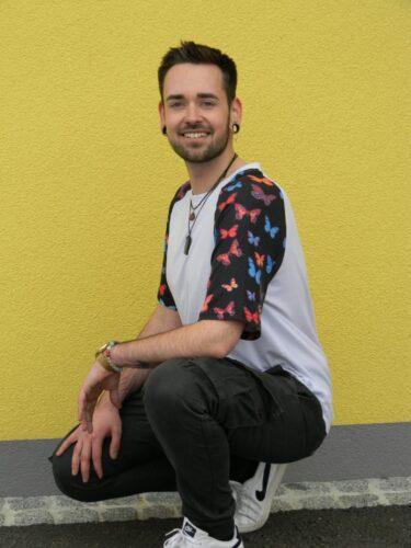 Servus, wer hat Interesse ? - gayanzeigen.net - Gay